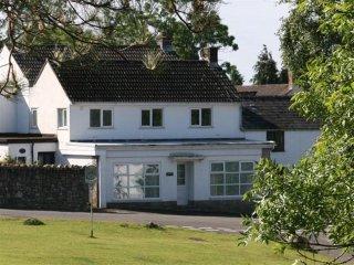2 bedroom Cottage with Internet Access in Reynoldston - Reynoldston vacation rentals