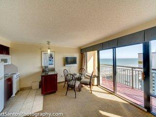 Cash/Check/Winter deal, Beachfront/OceanView Suite - Myrtle Beach vacation rentals