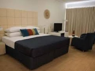 1 bedroom executive furnished apartment - Geraldton vacation rentals