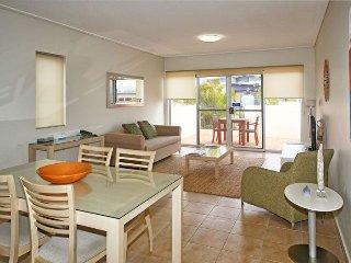 Waldorf Geradldton 2 bedroom executive apartment - Geraldton vacation rentals