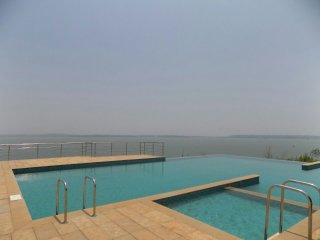 CasaMelhor: 2BHK Apartment At Dona-Paula: CM054 - Dona Paula vacation rentals