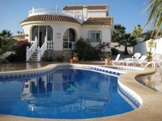 Villa Belmonte, B sector Camposol, sleeps 6, golf, pool, beach. - Camposol vacation rentals