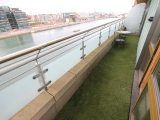Great Location, Fabulous Apartment - Dublin vacation rentals