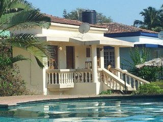 Luxury Detached 2 Bedroom 2 Bathroom Poolside Beach Bungalow with private Patio - Varca vacation rentals