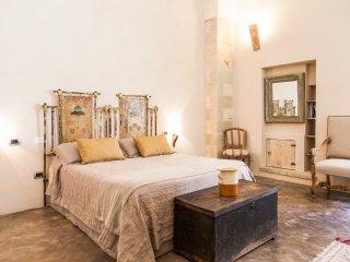 Antica Dimora Giardini Segreti - Giuggianello vacation rentals