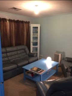 Bright 2 bedroom Tanunda Condo with A/C - Tanunda vacation rentals