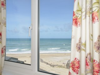 Sea Spray Unrivalled Views - 50 Yards from Beach - Portreath vacation rentals