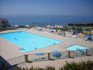 Atlantico 2 Apartment - Beautiful  Spacious Apartment on Private Estate - Ericeira vacation rentals