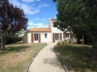 Nice House with Television and Central Heating - La Plaine-sur-Mer vacation rentals