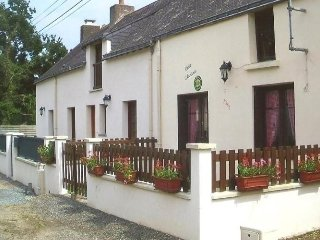 Nice 2 bedroom Quilly House with Television - Quilly vacation rentals