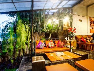 A River Front Hostel by Ping River in Chiang Mai - Chiang Mai vacation rentals