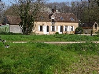 4 bedroom House with Internet Access in Neuville-sur-Sarthe - Neuville-sur-Sarthe vacation rentals