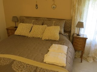Bright 3 bedroom Meynes Bed and Breakfast with Internet Access - Meynes vacation rentals