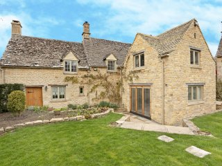 A stunning property in Taynton- close to Burford - Burford vacation rentals