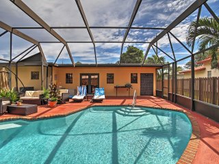 Updated 2BR Oakland Park Home w/Private Pool - Oakland Park vacation rentals