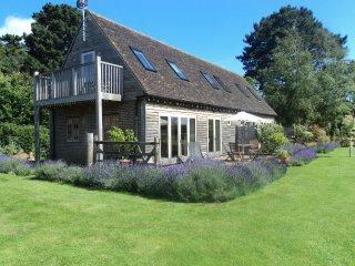 "Martins Cottages ""linked"" sleeps 8 - Birdham vacation rentals"