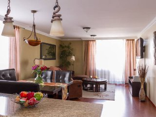 Perfect 2 bedroom Quito Apartment with Internet Access - Quito vacation rentals