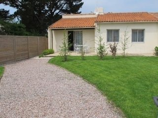 Lovely House with Television and Central Heating - Prefailles vacation rentals