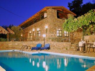 Live in the village at Maria-Emanuela villa - Prina vacation rentals
