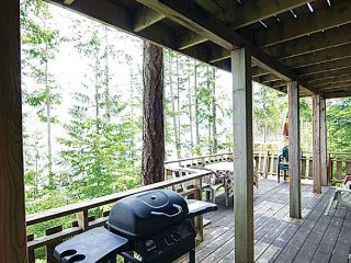 Desolation Sound Resort Chalet 9b: 2 Bedrooms - Lund vacation rentals