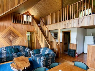 Desolation Sound Resort Chalet 5: 2 Bedrooms + Loft - Lund vacation rentals
