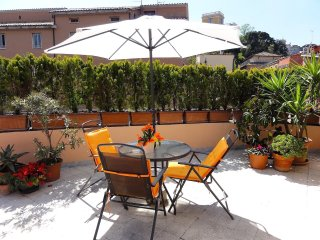Trastevere - Cedro 2 Terrace Apartment - Rome vacation rentals