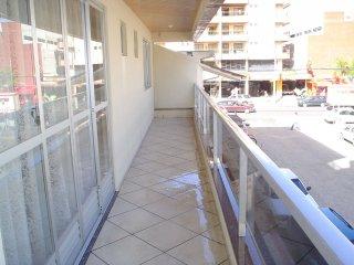 Pertinho da Praia, 3 quartos, frente aos shoppings - Itapema vacation rentals
