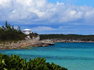 Closest Rental to the Ocean in Eleuthera!!! - Rainbow Bay vacation rentals