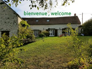 Cozy 1 bedroom House in Donnemarie-Dontilly with Internet Access - Donnemarie-Dontilly vacation rentals