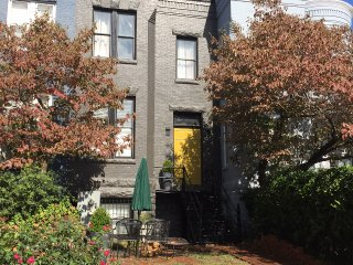 Charming Capitol Hill Studio - Amazing Location - Washington DC vacation rentals