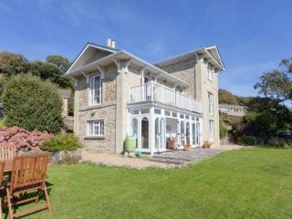 Woodlands - Victorian villa with stunning sea views - Ventnor vacation rentals