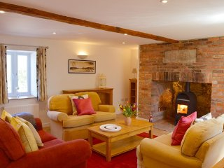 The Old Cottage - Characterful, beautiful coastal cottage - Porchfield vacation rentals