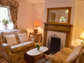 The Sun Trap - Cosy coastal cottage with direct sea views - Ventnor vacation rentals