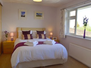 Longtail - Bright, spacious bungalow – lovely views, close to East coast - Brading vacation rentals