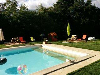 Gîtes de charme en Périgord Noir avec piscine - Terrasson-Lavilledieu vacation rentals