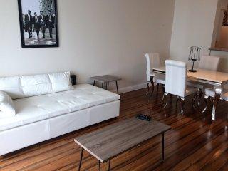 ELEGANT 1/1 BAY FRONT BRICKELL APARTMENT! - Coconut Grove vacation rentals
