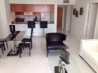NICE MODERN 1/1 BRICKELL APARTMENT! - Coconut Grove vacation rentals