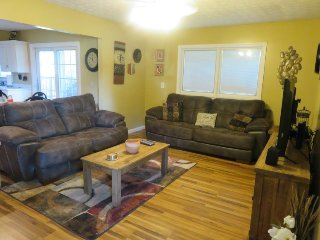 Nice Burnside Condo rental with Internet Access - Burnside vacation rentals