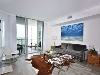 The Violeta-Luxury Cityview 2 Bedrooms + 2 Bathrooms - Miami vacation rentals