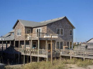 Beautiful House with Deck and A/C - Nags Head vacation rentals