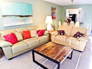 Street Level, Renovated, 1 AC, WIFI - - EA0622 - Brewster vacation rentals