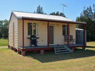 Madigan Wine Country Cottages Kookaburra Cottage 2 night minimum - Rothbury vacation rentals