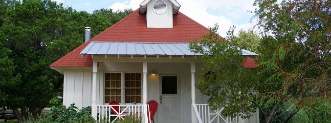 The Boat House - Image 1 - Wimberley - rentals