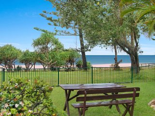 Comfortable House with Television and DVD Player - Tugun vacation rentals