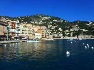 Villefranche sur Mer Luxury 2 Bedroom in the Heart of the Historic Center - Villefranche-sur-Mer vacation rentals