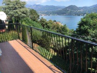 Luckylake - Orta lake view apartment - Pella vacation rentals