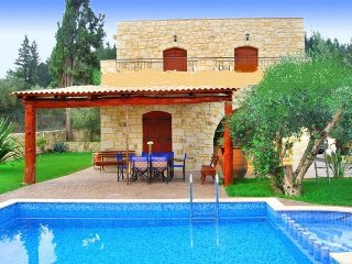 3 bedroom Villa with Washing Machine in Nipos - Nipos vacation rentals