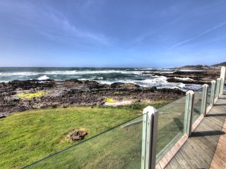 Ocean Front Home with Panoramic Ocean View! - Yachats vacation rentals