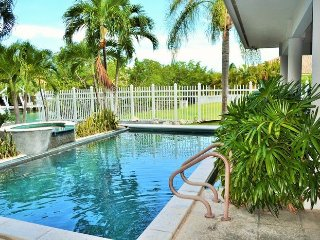 P28  4 bedroom 3 bath pool home with dockage - Key Colony Beach vacation rentals
