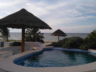 Beach front Villa, Yucatan Riviera - 6 bedrooms - Telchac Puerto vacation rentals